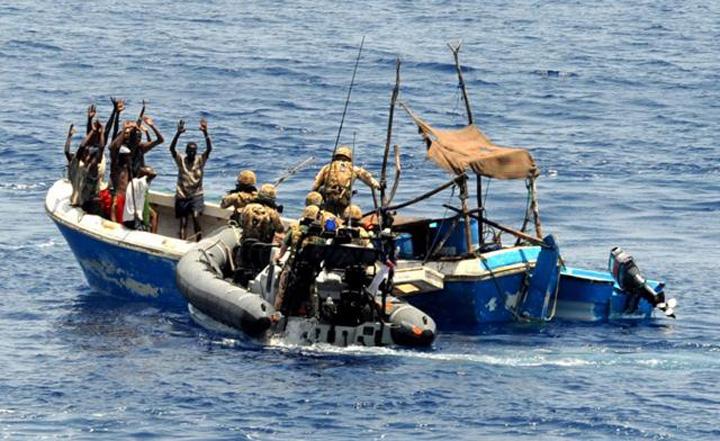 3 incidentes de piratería en un día con miembros de la tripulación secuestrados