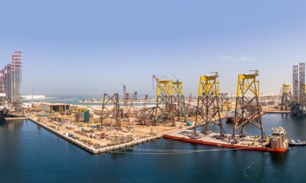 Lamprell esta consolidando los astilleros en una sola instalación para reducir los gastos generales