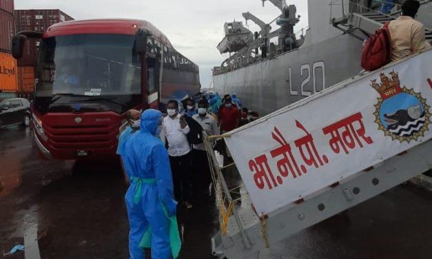 Los viajes de repatriación de la Armada India están en marcha