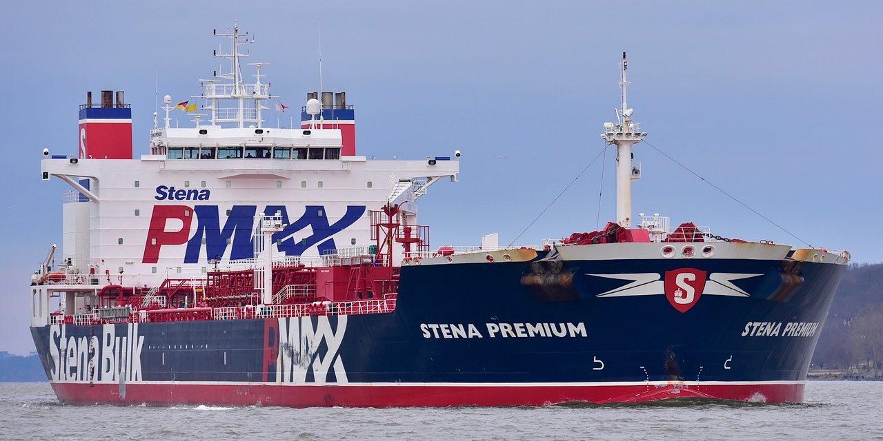 Un buque tanquero ha estado bloqueado en Brasil durante más de un mes por tener tripulantes infectados pero asintomáticos