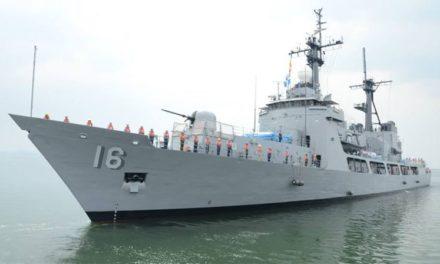 Un barco patrulla de la Marina filipina sufrio un incendio y hay dos tripulantes heridos