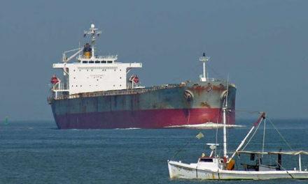 Un miembro de la tripulación del buque Panamax Alexander fue encontrado muerto