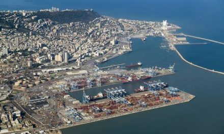 ZPMC envía el primer lote de grúas al puerto de Haifa