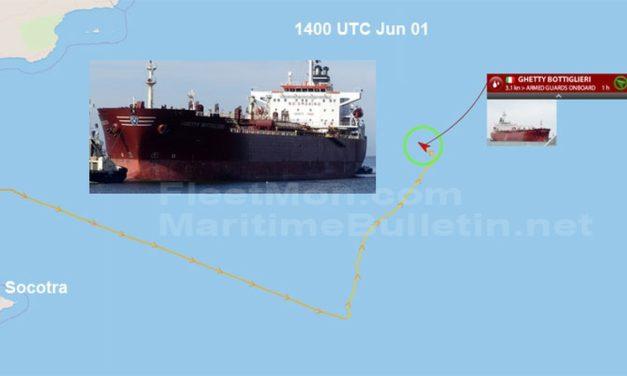 Buque italiano sufrió fallas en el mar Arábigo