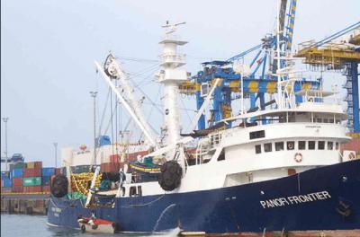 6 tripulantes secuestrados de un buque pesquero cerca del puerto de Cotonú
