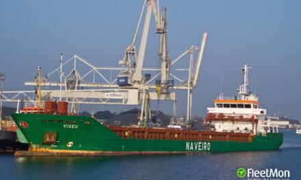 Incendio en la sala de máquinas de un buque de carga en España
