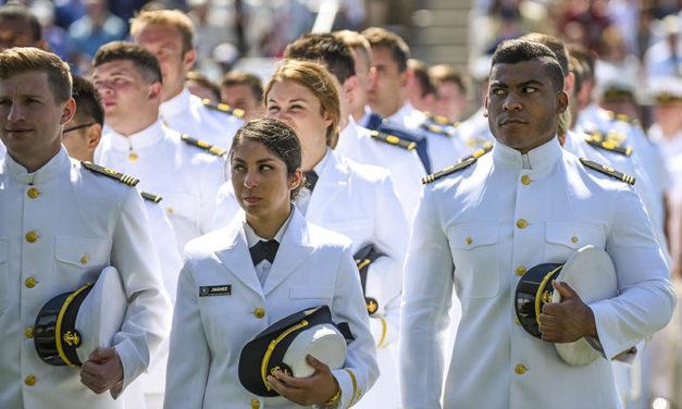 Nautilus acuerda extender el tiempo de navegación de los cadetes atrapados por la pandemia