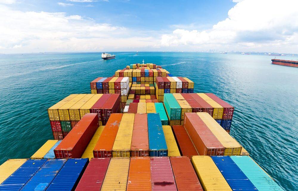 Persistirá la baja demanda y la retirada de capacidad para el transporte marítimo de contenedores