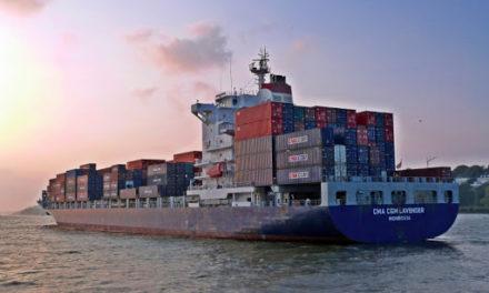 Sudáfrica: El buque de Hapag-Lloyd permanece en cuarentena mientras un tercer marino da positivo en la prueba de COVID-19
