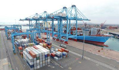 Trabajadores de APM Terminals Callao paralizan por muerte de tres portuarios a causa del Covid-19