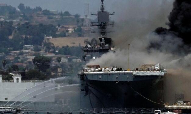 21 heridos por el fuego a bordo de un barco de la marina de EE.UU. en San Diego