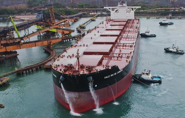 China agrega cuatro atracaderos de VLOC
