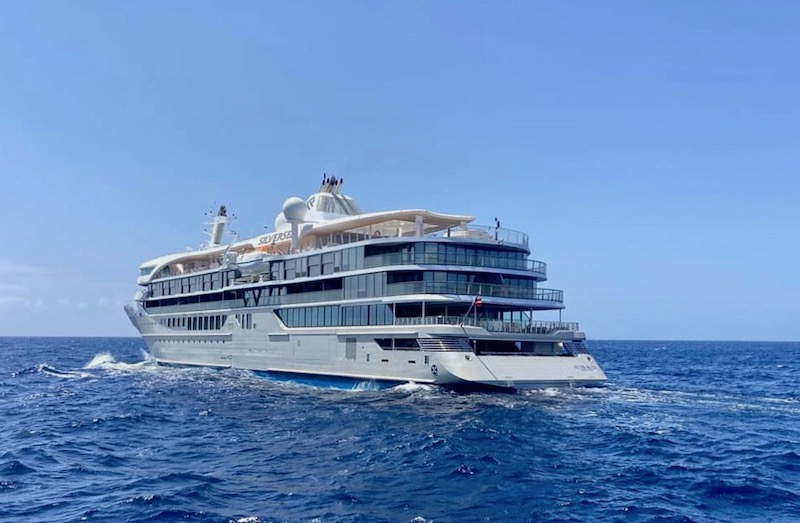 """""""Silver Origin"""", de Tenerife a Galápagos, vía canal de Panamá"""