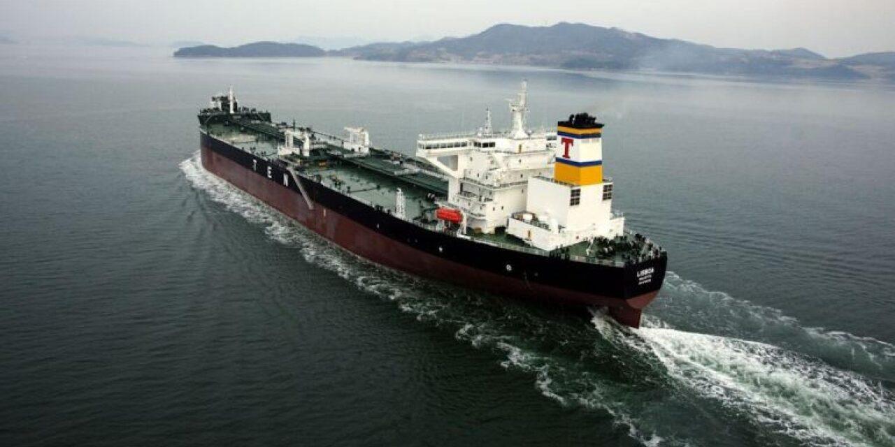 Tsakos Energy Navigation ordena hasta tres buques suezmaxes acompañados de fletes