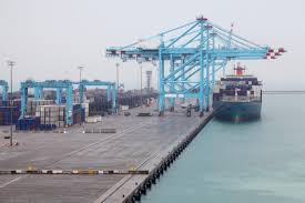 Safeen Feeders hace su primera visita al puerto de Khalifa