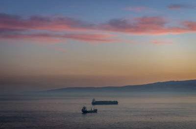 La terminal de contenedores de Beirut reanuda sus operaciones