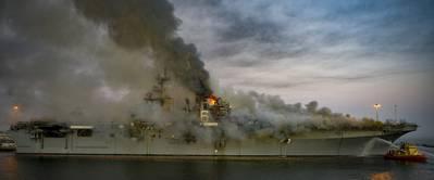 Marinero bajo investigación por incendio en el USS Bonhomme Richard Fire