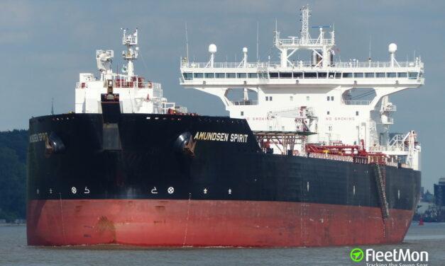 Un buque VLCC completó sus reparaciones pero fue inhabilitado por una prueba positiva de coronavirus