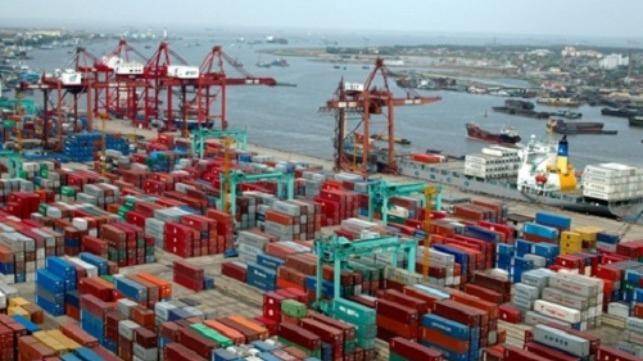 China abre 10 puertos para el cambio de tripulación bajo estrictos protocolos