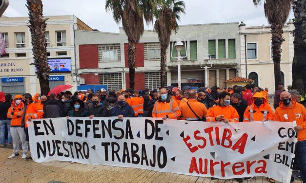 Continúa la batalla entre empresas y estibadores en Bilbao