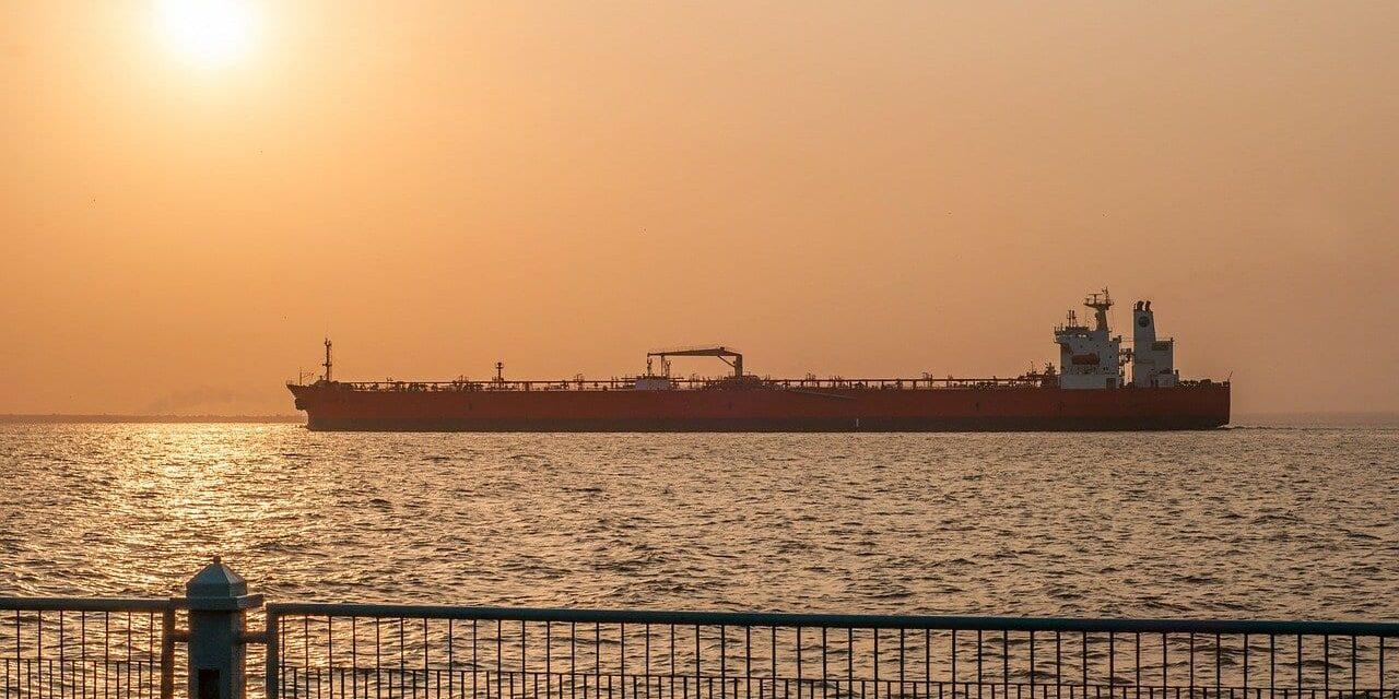 EE.UU. emite nuevas sanciones contra el petróleo iraní
