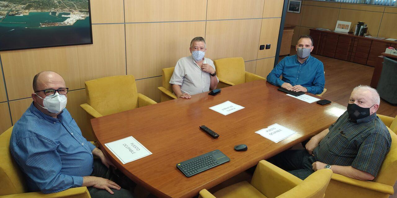 El presidente del puerto de Castellón se compromete a ampliar el local de Stella Maris