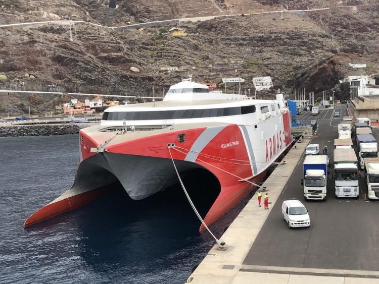Más de 23.000 pasajeros viajaron en agosto a El Hierro