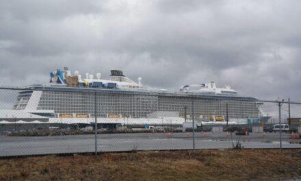 Royal Caribbean extiende la suspensión de la navegación hasta el 30 de noviembre