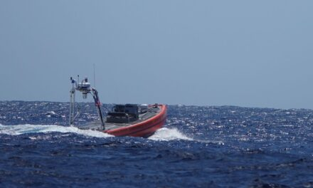 La Guardia Costera de EE.UU. completa la prueba de vehículos de superficie no tripulados en las afueras de Hawai