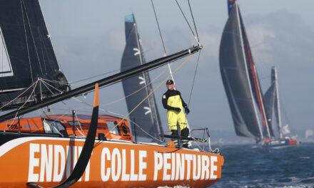 En marcha rescate para  el capitán de la Vendée Globe que abandonó el barco
