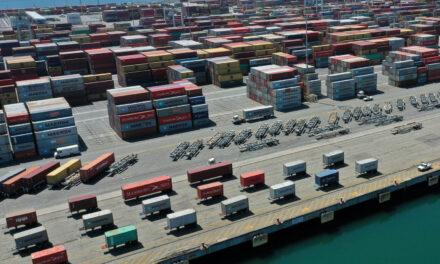Los EE.UU. vieron una brecha récord en el comercio de bienes en noviembre