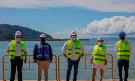 Muelle Golfito, Costa Rica: Presidente inspecciona obras por casi US$2,0 millones