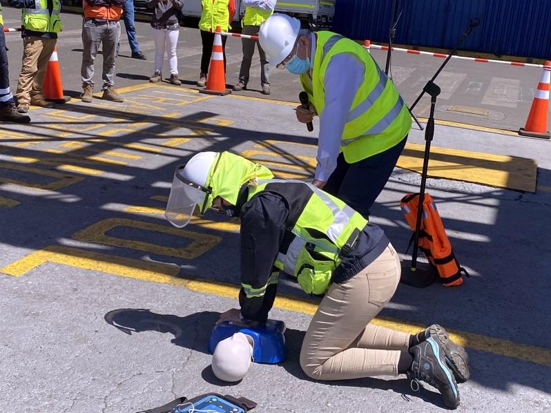 Puerto Ventanas: IST capacitó a trabajadores en técnicas de soporte vital básico «hombre al agua»