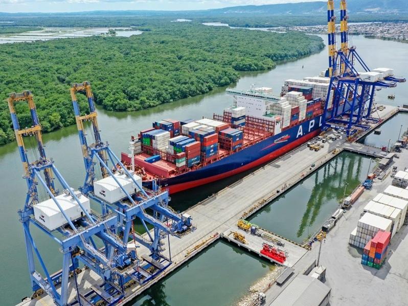 Puerto de Guayaquil, Ecuador: 2210 buques arribaron entre enero y noviembre de 2020