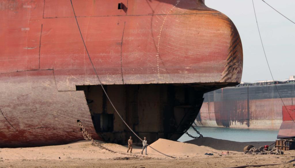 BIMCO: Persiste la falta de capacidad para el reciclaje ECOLÓGICO de grandes buques