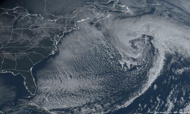 Se prevé que la tormenta del Atlántico Norte produzca mares masivos de 60 pies