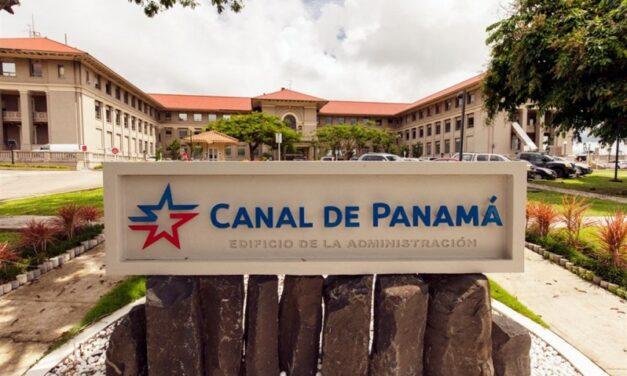 Canal de Panamá trabaja en reemplazo del segmento del muro de aproximación de esclusa de Gatún