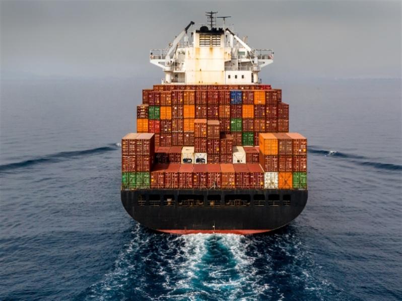 Tarifas de fletes continúan aumentando a medida que empeora el bloqueo de contenedores
