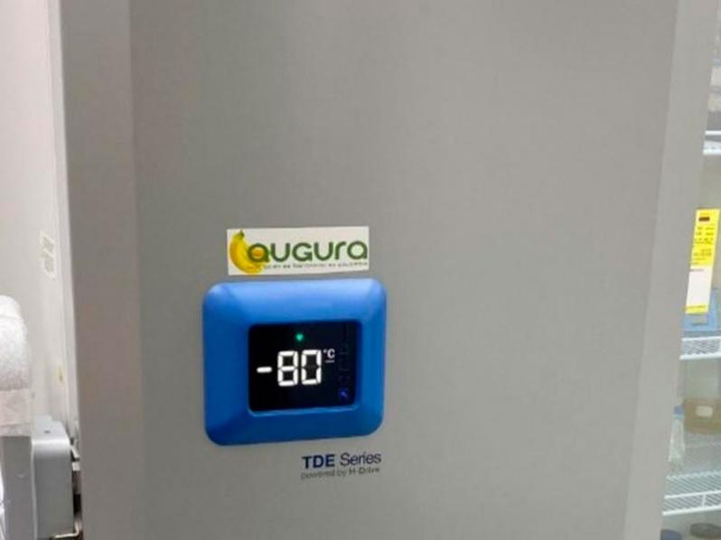 Asociación de Bananeros de Colombia dispuso ultracongelador para el almacenamiento de vacunas contra el COVID-19