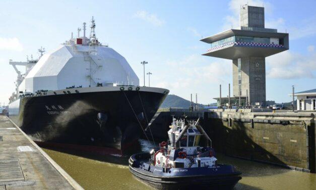 Las tarifas de transporte de GNL de EE.UU. suben a un récord en el auge de compras en Asia, el Canal de Panamá se retrasa
