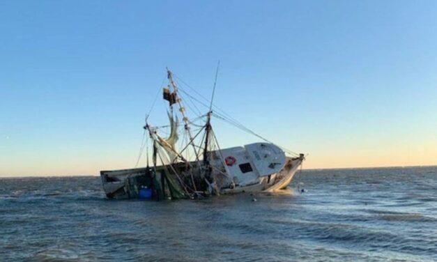 NTSB: barco de pesca se hundió tras abordar con un naufragio sumergido frente a Carolina del Sur