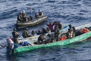 Piratas responsables del secuestro de la tripulación turca piden un rescate
