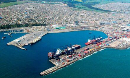 Puertos de Chile continúan proceso de vacunación de sus trabajadores contra el Covid-19