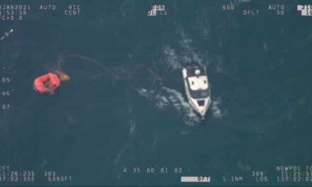 Video: Un navegante solitario es  salvado por la radiobaliza localizadora personal del chaleco salvavidas