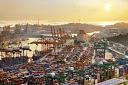 El puerto de Singapur busca más opciones de combustible limpio