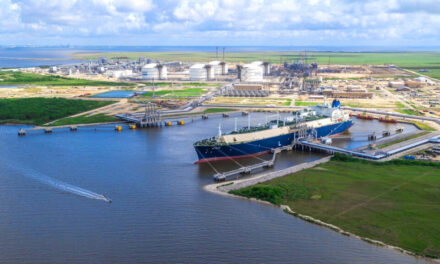 Cheniere publicará datos sobre las emisiones de GEI para sus clientes de GNL