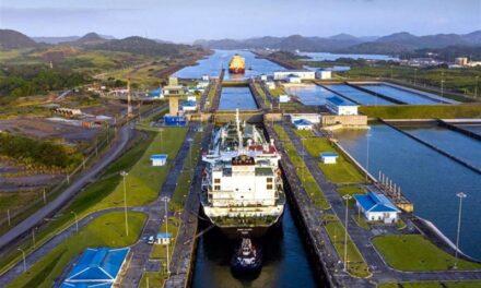 Canal de Panamá establece récord de tránsito y tonelaje de GNL
