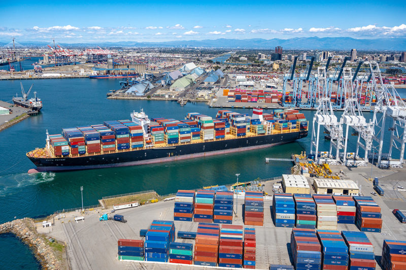 La Comisión Marítima Federal de EE.UU. insta a los «silos» del transporte de mercancías a unirse en la crisis