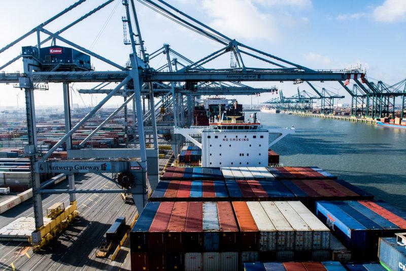 El puerto mixto de Amberes y Zeebrugge rivalizará con el de Rotterdam