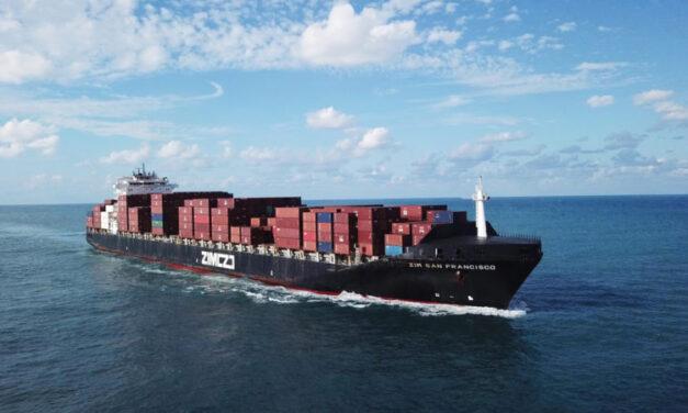 ZIM fletará buques portacontenedores de GNL para el comercio entre Asia y la costa este de EE.UU.